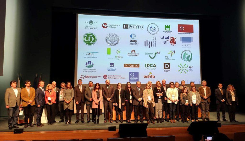 Representantes das Instituições signatárias da Carta